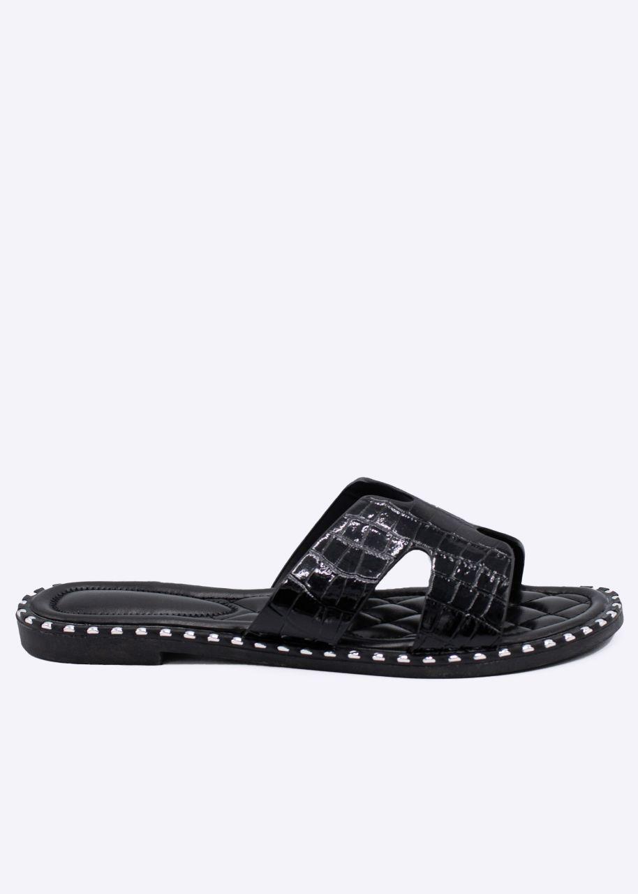 Slider mit Nieten und Kroko-Prägung, schwarz
