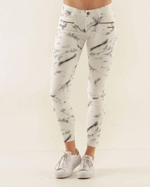 Gefleckte Jeans, weiß/grau