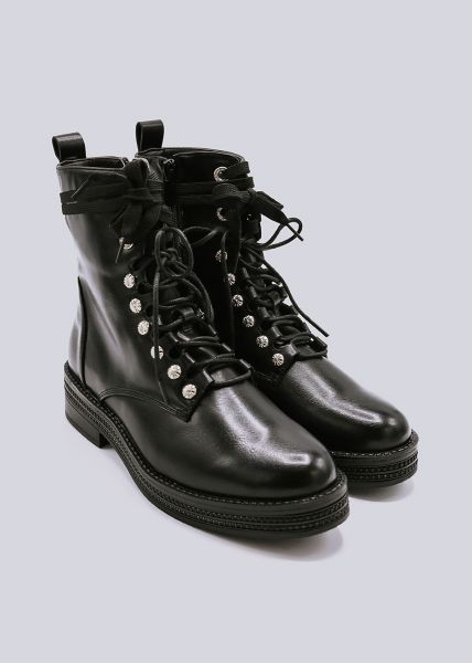 Plateau-Boots mit silbernen Schmucknieten, schwarz