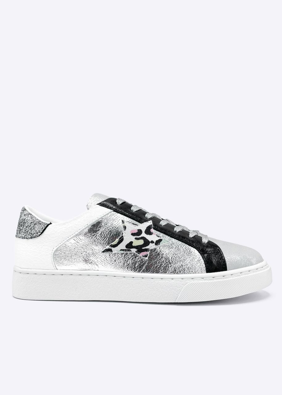 Sneaker mit silbernen Akzenten, weiß