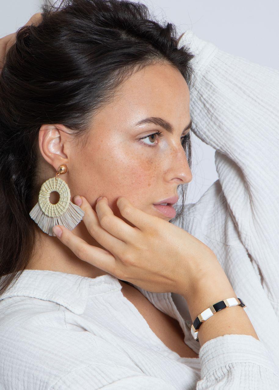 Große Bast-Ohrringe, beige