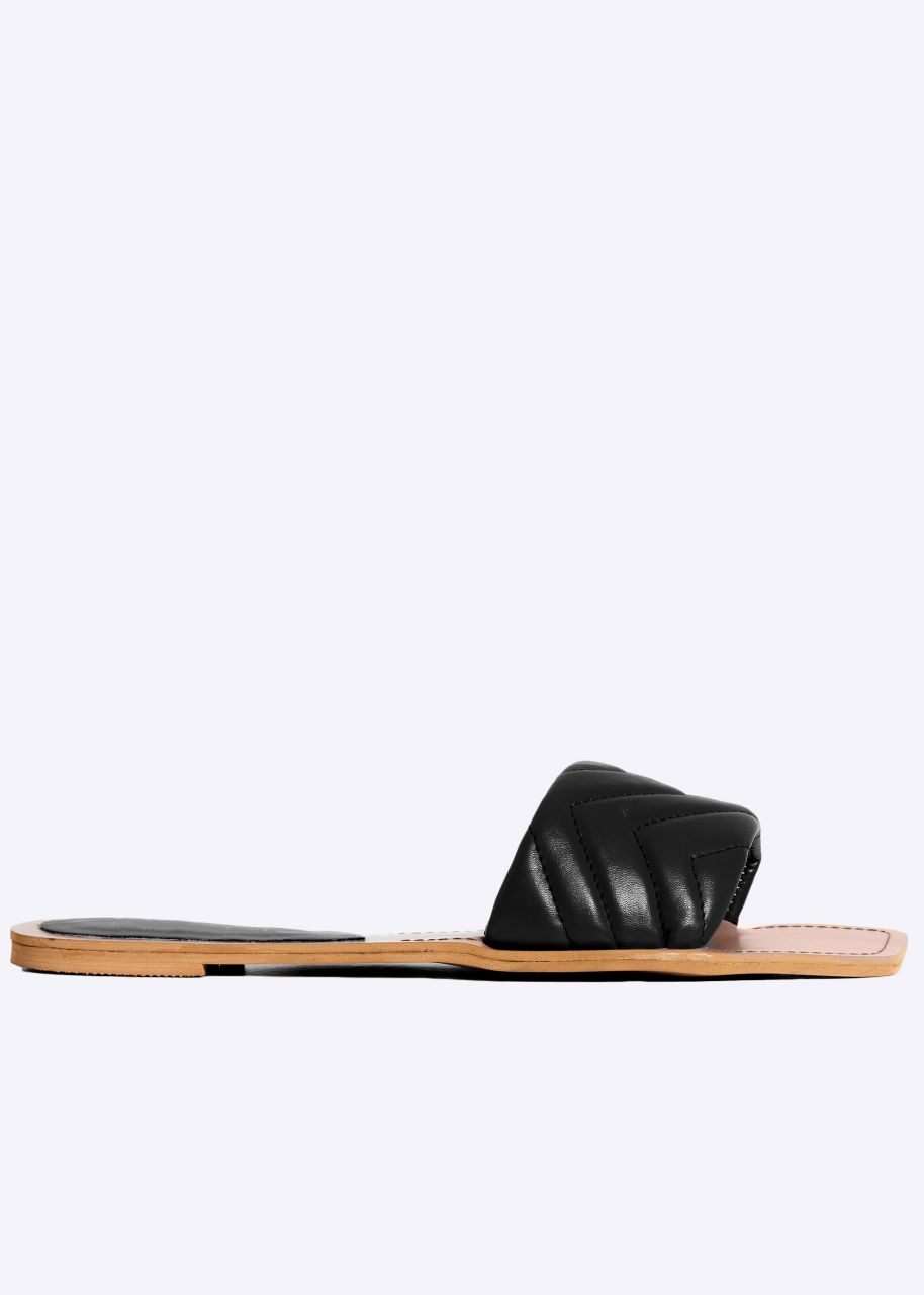Flats mit gestepptem Steg, schwarz