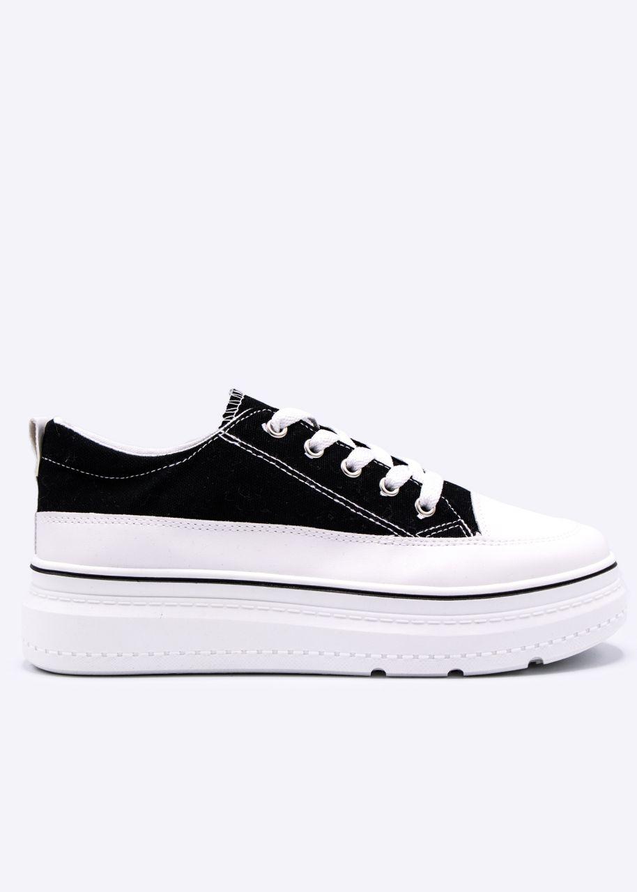 Plateau-Sneaker mit weißer Sohle, schwarz