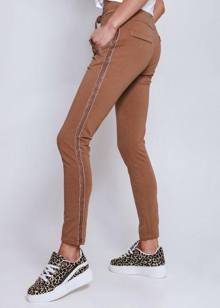 Loungepants mit silbernen Streifen, camel