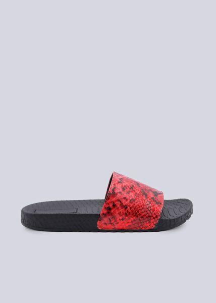 Slider mit rotem Snake-Print Steg, schwarz
