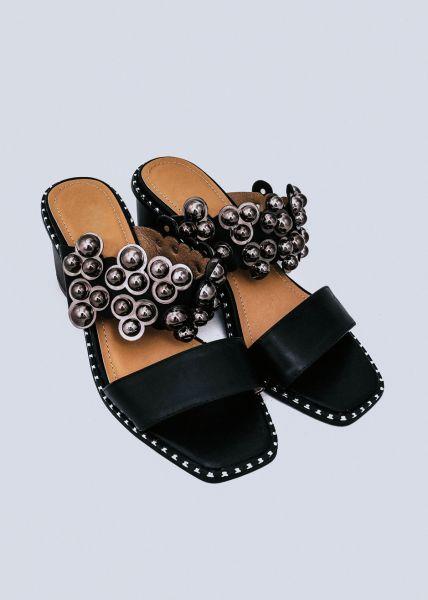 Sandaletten mit Kugelnieten, schwarz