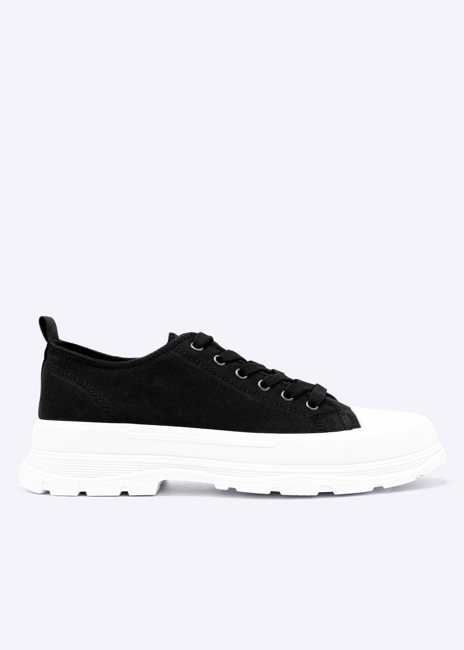 Sneaker mit grober Sohle, schwarz