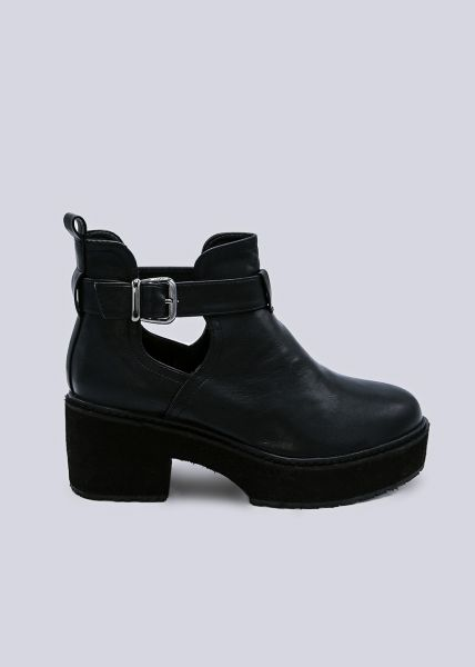 Plateau-Boots mit Cut-Outs, schwarz