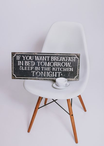 "Schild ""breakfast"""