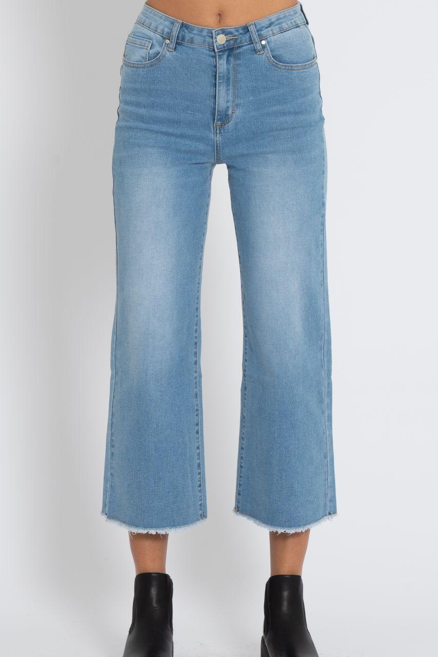 Knöchellange Jeans mit Schlag, hellblau
