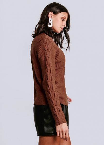Pullover mit Zopfmuster, cognac
