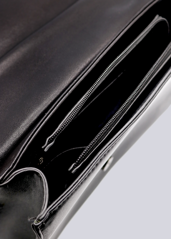 9646a9b8fe813 ... schwarz · Vorschau  Umhängetasche mit Kette in Kroko-Optik