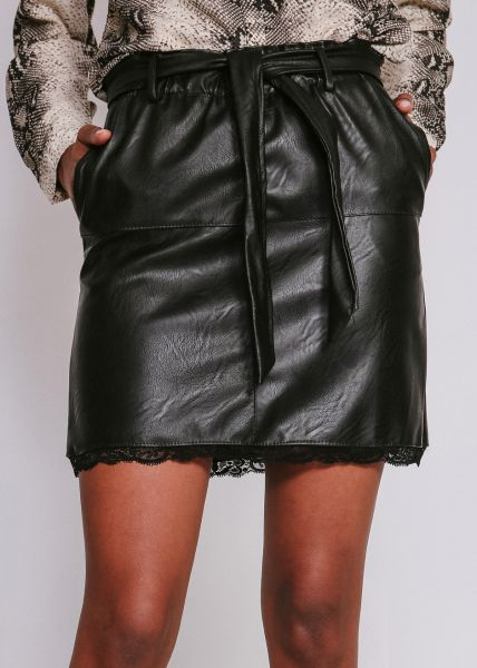 Lederrock mit Spitze, schwarz