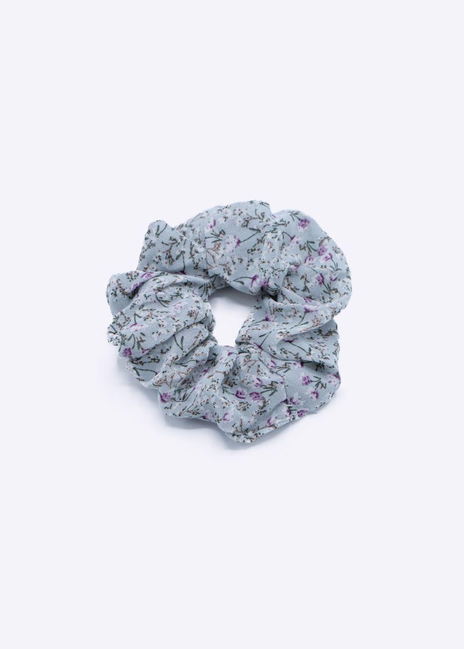 Scrunchie mit flieder Blümchen-Print, hellblau