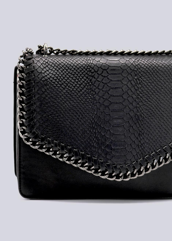 19bcaab366db6 ... schwarz · Vorschau  Überschlagtasche mit Kette in Kroko-Optik