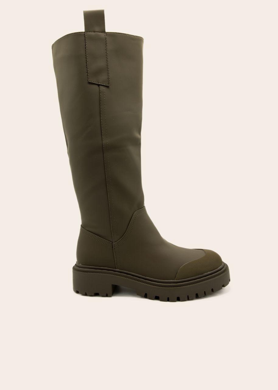 Kniehohe Stiefel mit betonter Zehenkappe, khaki