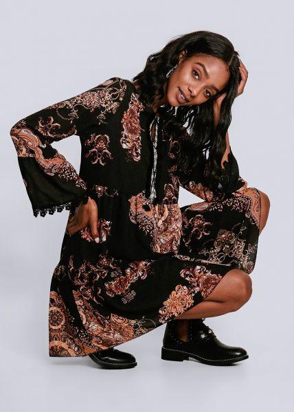 Hängerchenkleid mit Fransenborte, schwarz