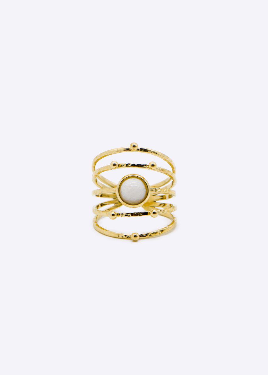 Filigraner Ring mit weißem Stein, gold