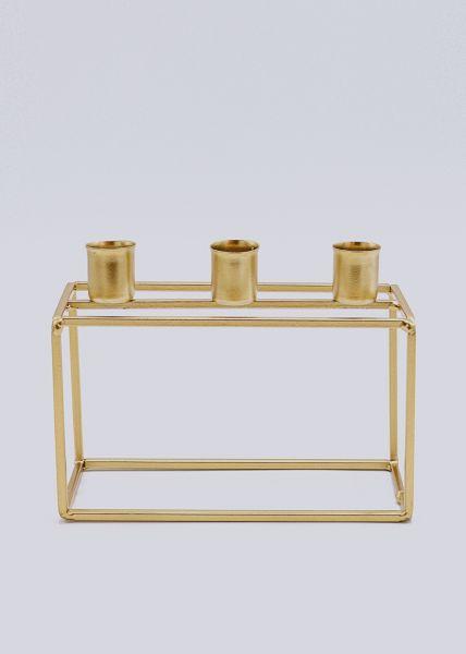 Kerzenhalter aus Metall. gold