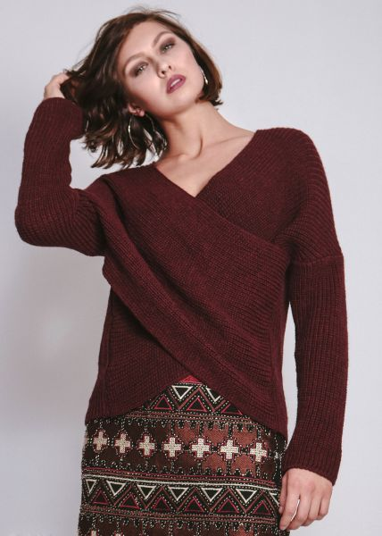 Pullover in Wickeloptik, weinrot
