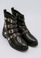 Boots mit goldenen Nieten, schwarz