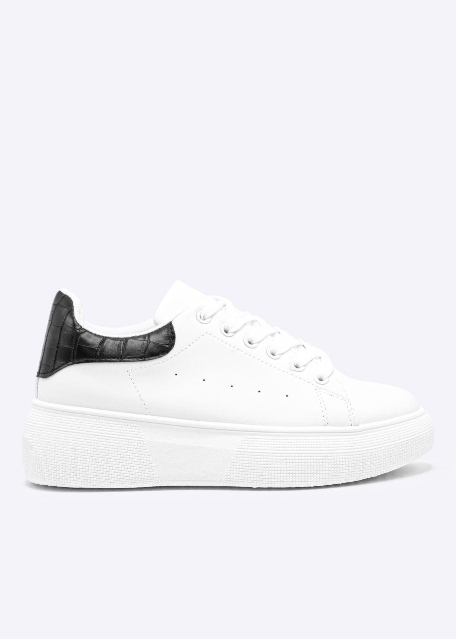 Plateau Sneaker mit schwarzer Ferse, weiß