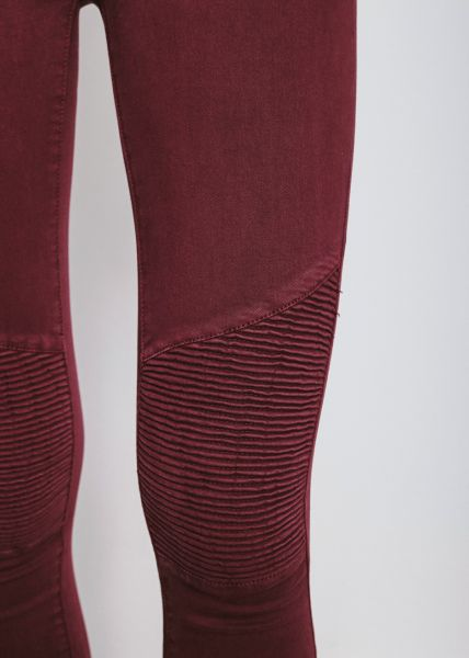 Skinny Jeans mit Absteppung, weinrot